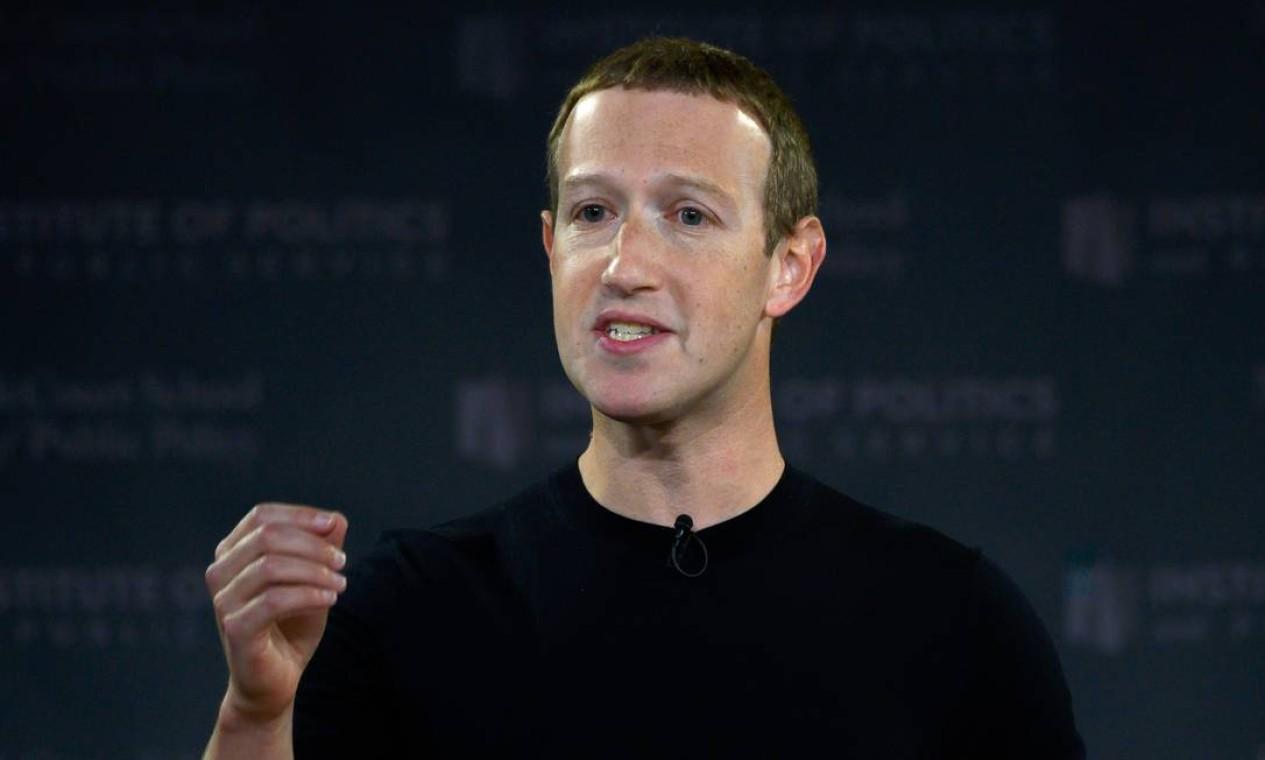 Mark Zuckerberg, fundador do Facebook, acumula fortuna de US$ 97 bilhões Foto: ANDREW CABALLERO-REYNOLDS / AFP
