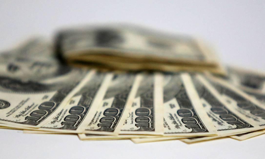 O dólar teve alta de 29,37% em 2020 Foto: Fábio Motta : Fabio Motta / Agência O Globo