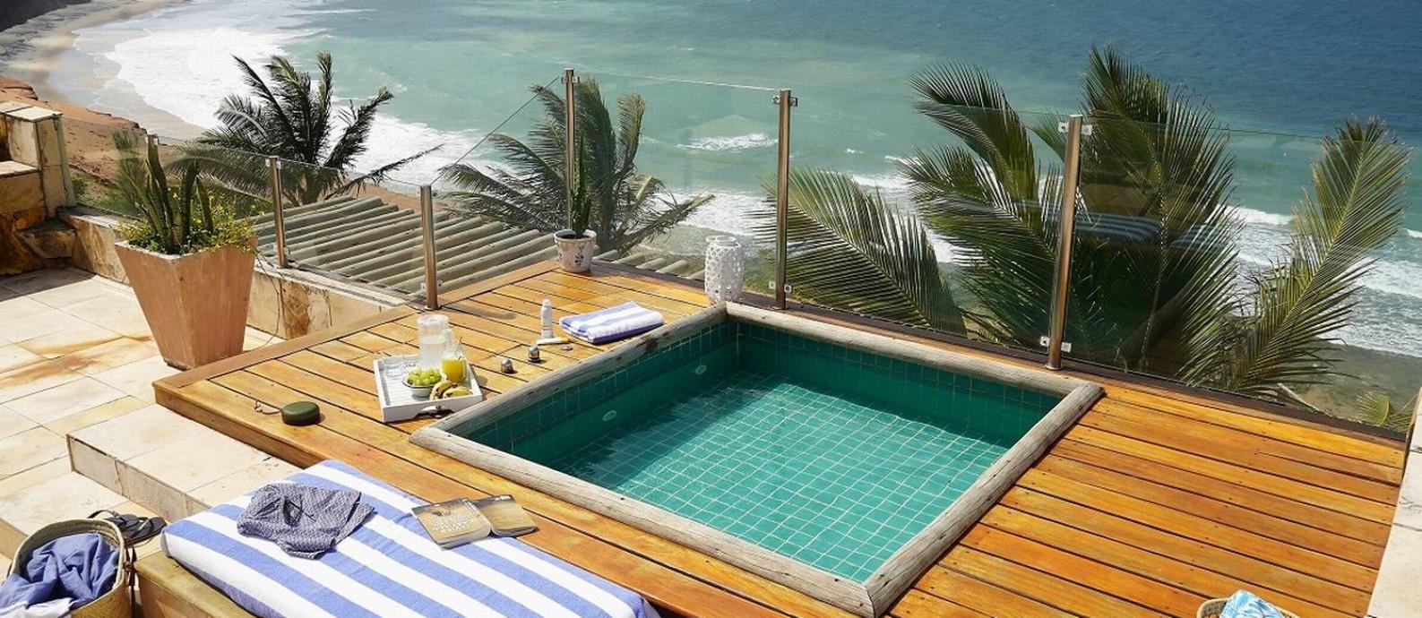 Área externa do Kilombo Villas, hotel butique de frente para o mar, nos arredores de Pipa, no Rio Grande do Norte Foto: Divulgação