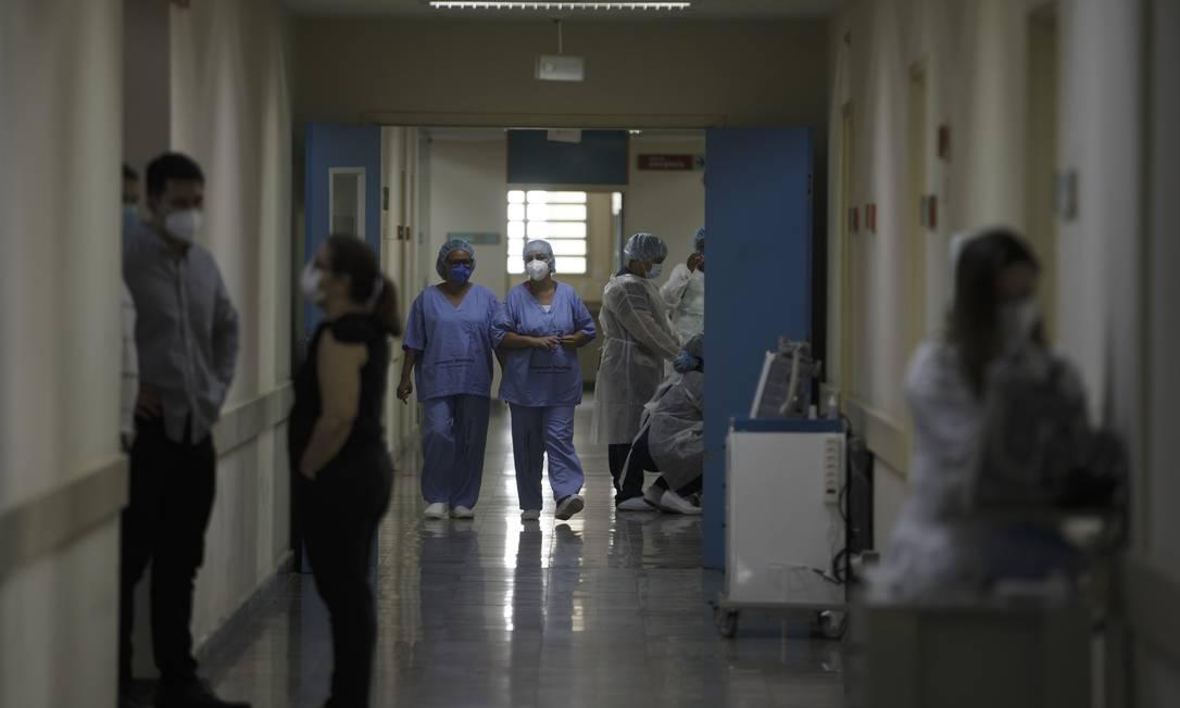 Corredores do Hospital Municipal Ronaldo Gazolla, em Acarai Foto: Márcia Foletto / Agência O Globo