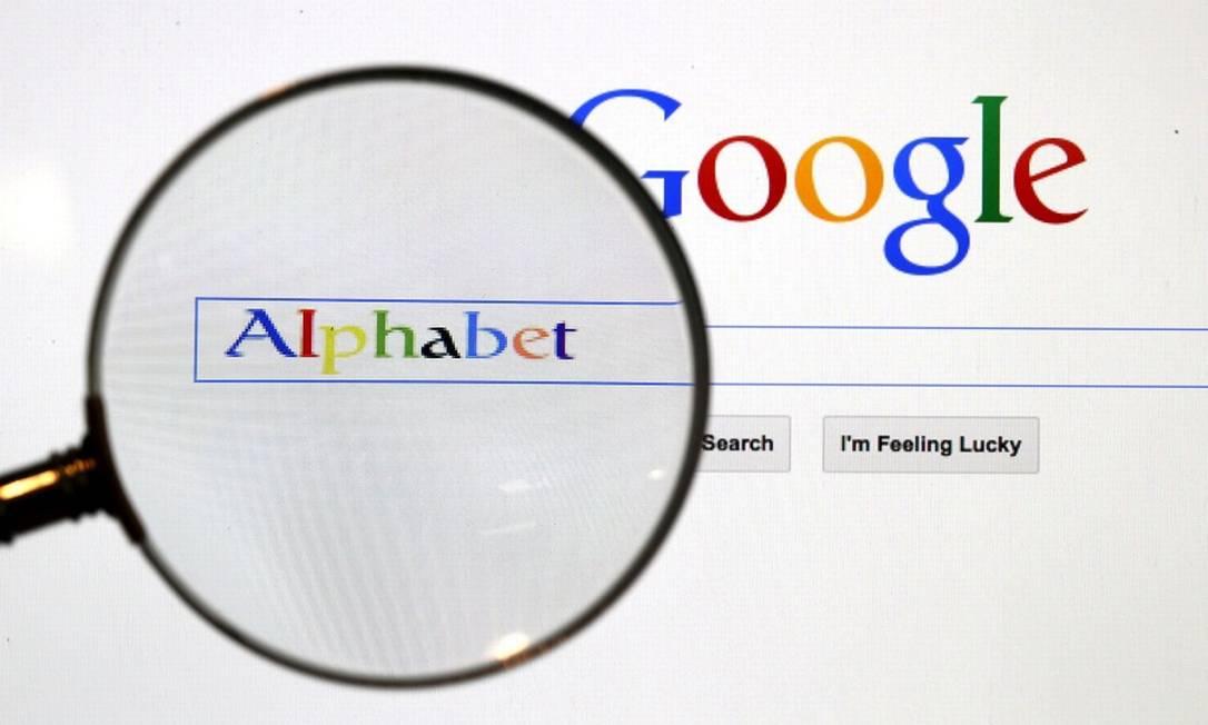Google: Reino Unido na cola da gigante. Foto: Pawel Kopczynski / REUTERS