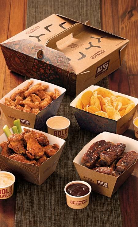 O Outback oferece o Mates Box (R$ 184,90), um combo com variadas porções de pratos da rede que fazem sucesso. Delivery pelo iFood Foto: Bruno Marçal / Divulgação