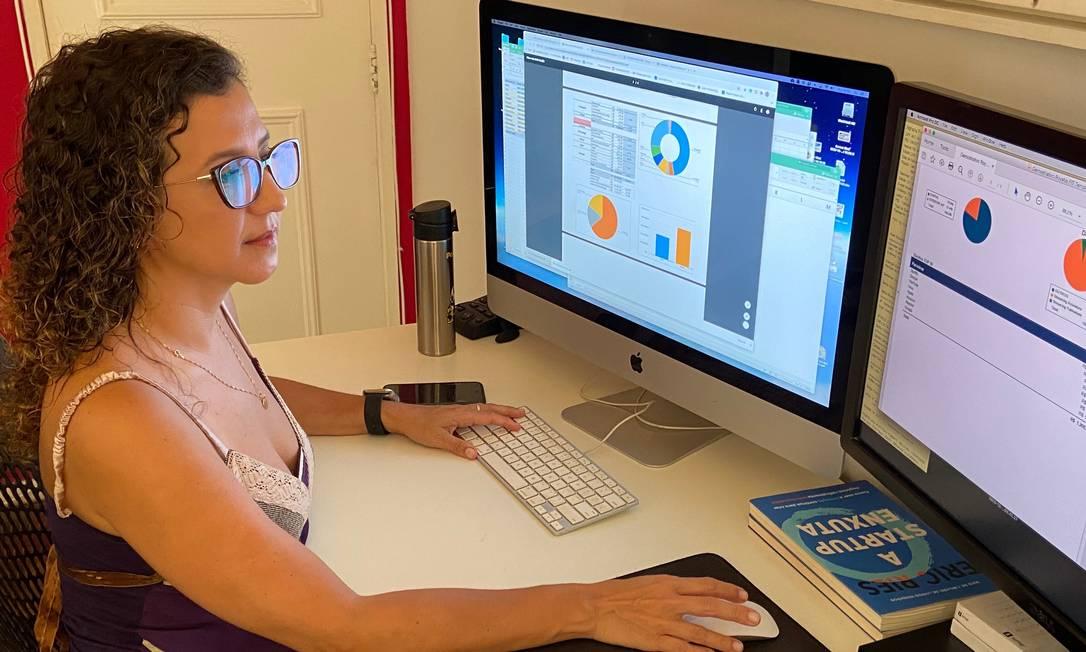 Alessandra Bruno pretende aumentar investimentos em bitcoin para garantir aposentadoria Foto: Arquivo pessoal / Agência O Globo