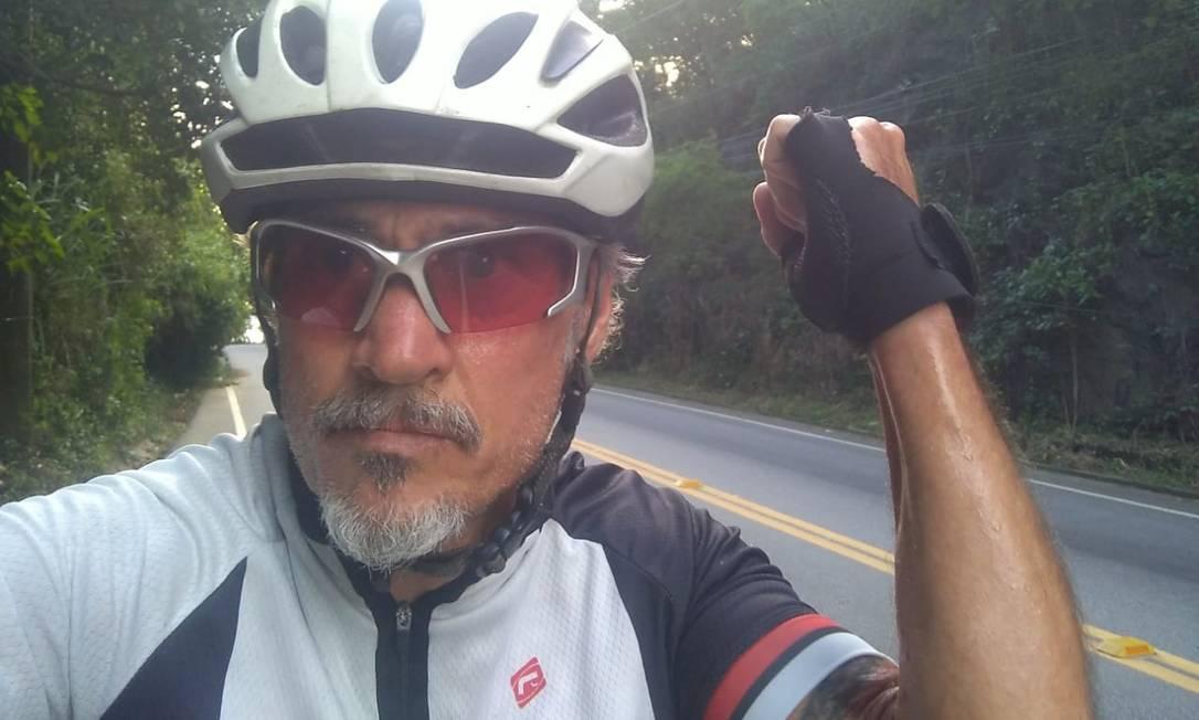 O taxista aposentado Cláudio Leite da Silva, de 57 anos, morreu após ser atropelado por um carro Foto: Arquivo pessoal