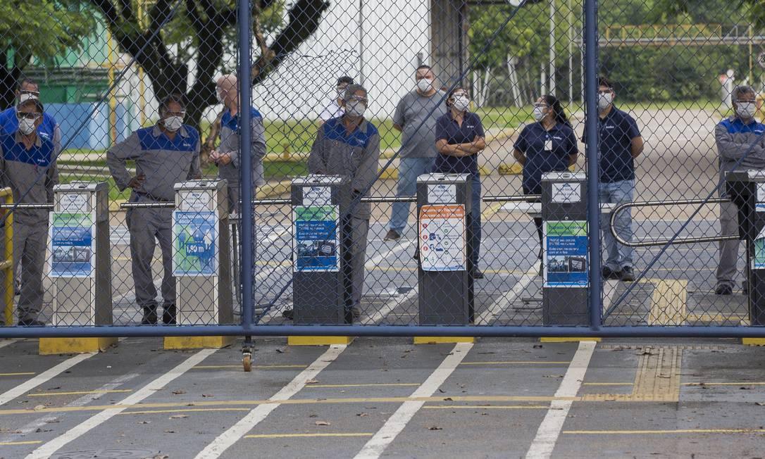 Fechamento de fabricas da Ford no Brasil, como a de Taubaté, no interior de Sao Paulo, deve provocar a demissão de até 5 mil funcionários no país e na Argentina, que vai concentrar parte da produção da marca na América do Sul Foto: Edilson Dantas / Agência O Globo/12-01-2021