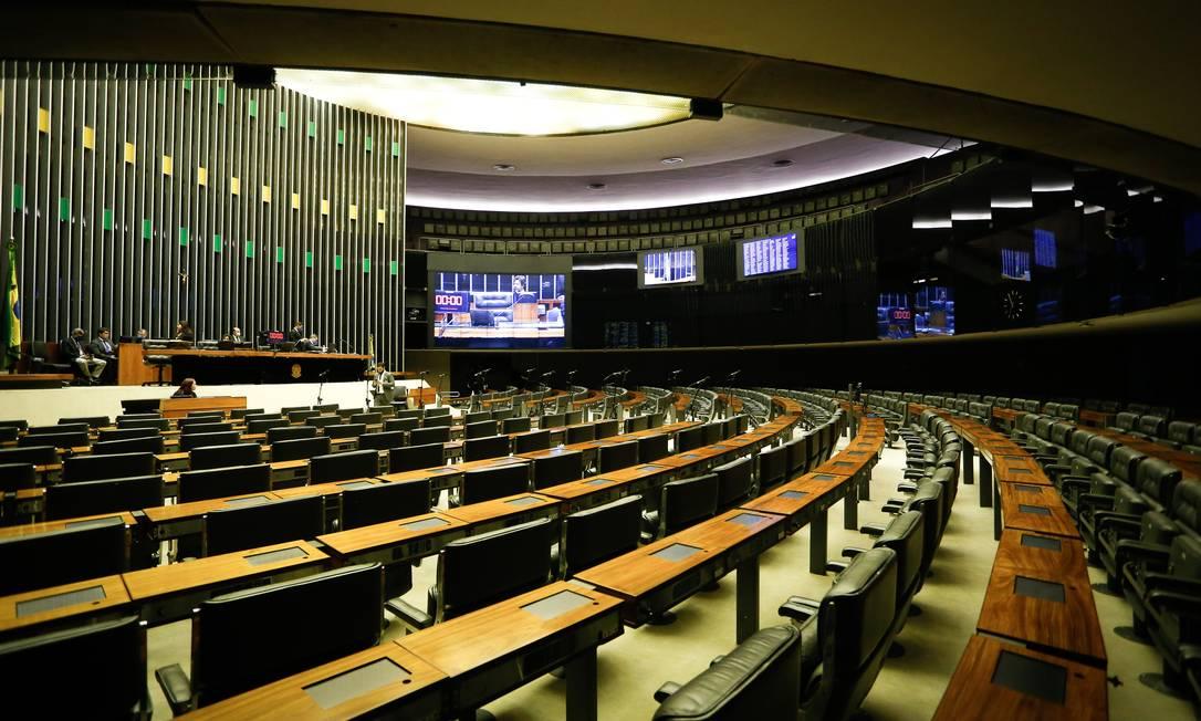 Sessão remota da Câmara na pandemia Foto: Pablo Jacob / Agência O Globo