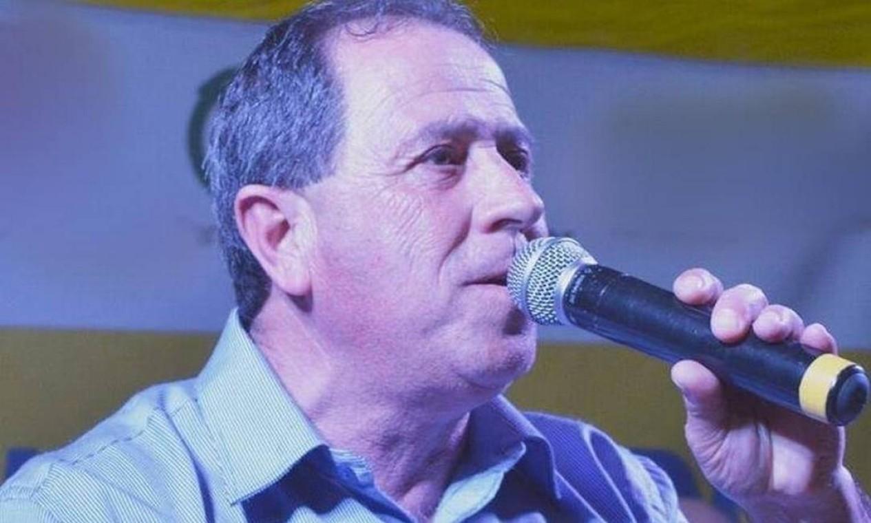 O prefeito em exercício de Viamão (RS), Valdir Jorge Elias (MDB), conhecido como Russinho, morreu em julho. Ele era vice-prefeito e assumiu a prefeitura em fevereiro após o prefeito André Pacheco ser afastado por suspeita de fraude Foto: Divulgação
