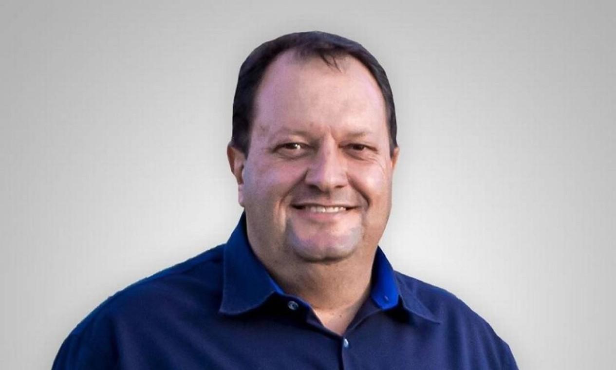 O prefeito de Alto Taquari (MT), Fabio Garbugio (PDT), morreu aos 46 anos. Ele tinha hipertensão e começou a sentir os primeiros sintomas da covid oito dias antes de morrer Foto: Divulgação