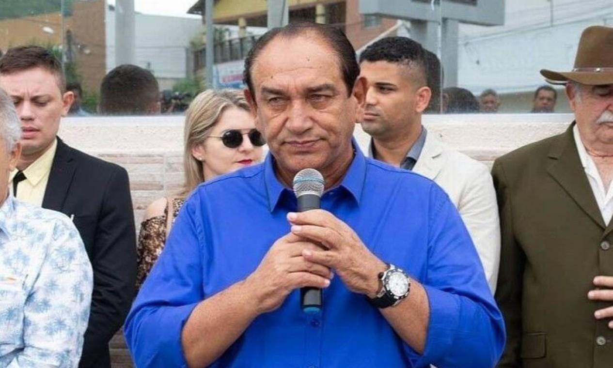 O prefeito de Ingá, Manoel Batista Chaves Filho, conhecido como Manoel da Lenha (PSD), morreu por Covid-19, aos 64 anos. Ele era do grupo de risco e não resistiu à doença Foto: Divulgação
