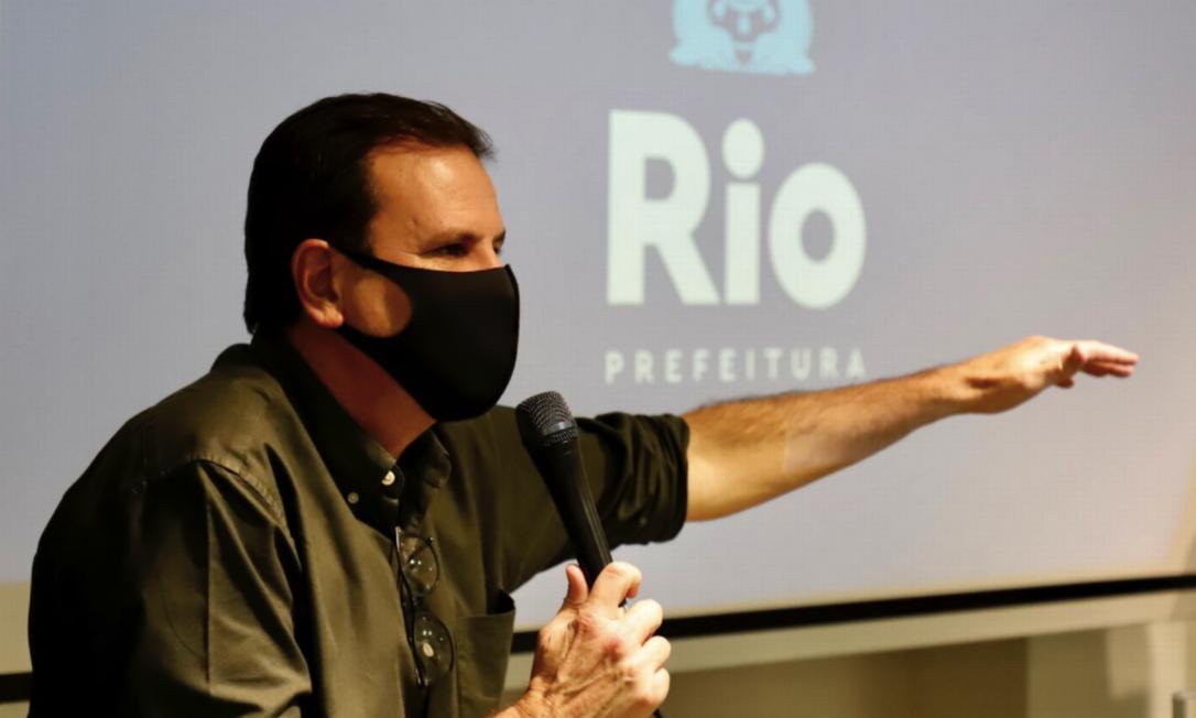 Prefeito Eduardo Paes, durante reunião nesta quarta-feira Foto: Prefeitura do Rio / Divulgação