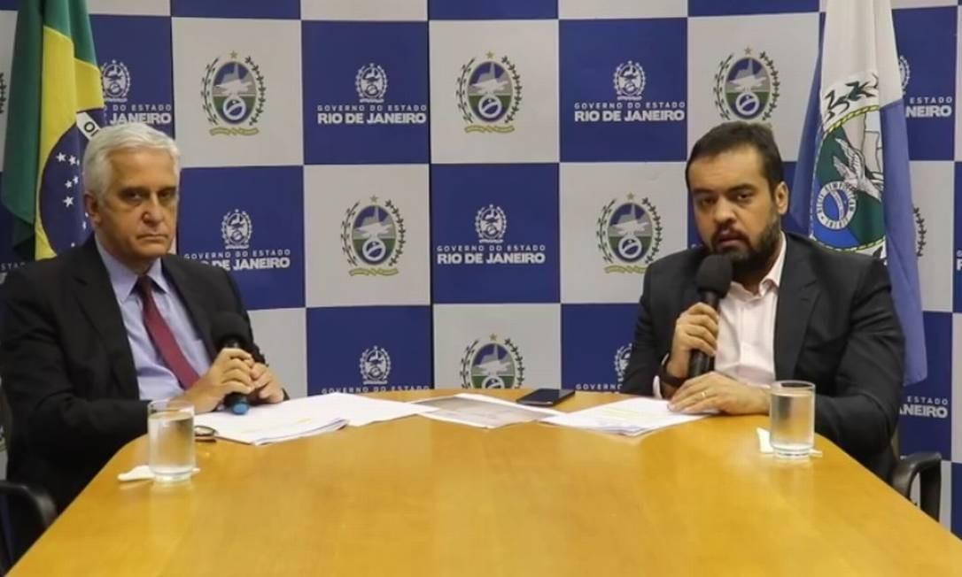 Secretário de Estado de Educação Comte Bittencourt e governador Cláudio Castro realizaram uma live nesta quinta-feira Foto: Reprodução