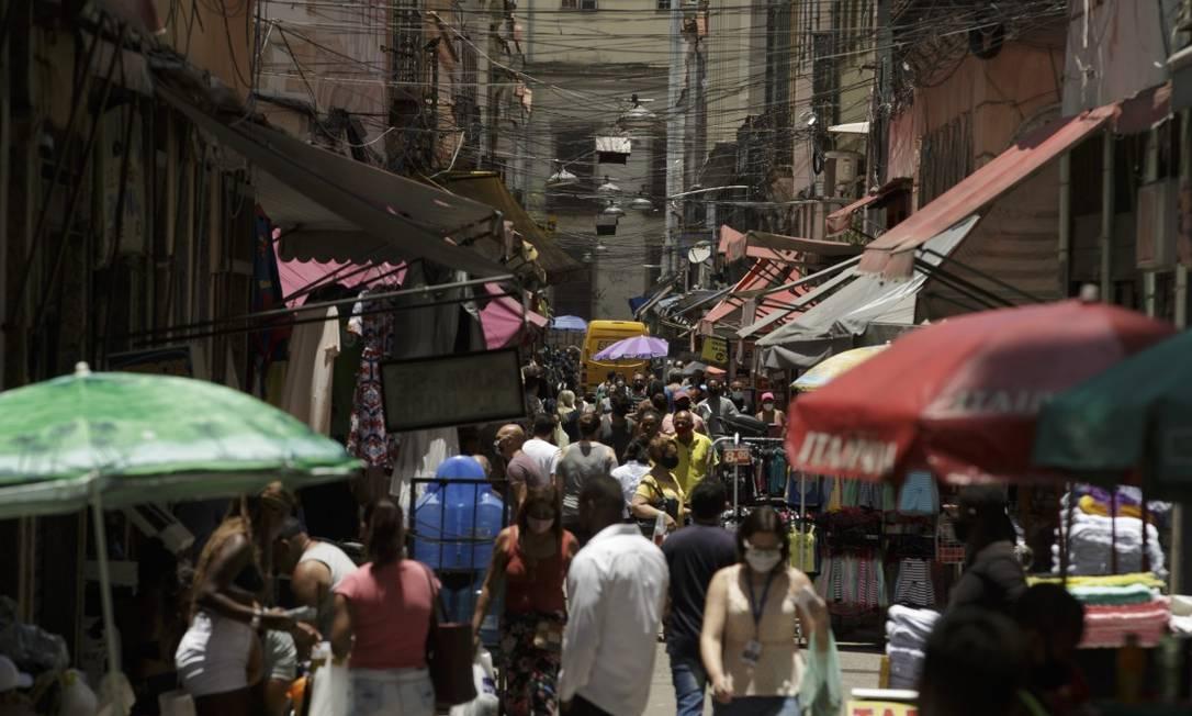 Boletim Epidemiológico da Covid-19 na cidade do Rio de Janeiro lista 28 regiões com risco alto de contaminação Foto: Márcia Foletto / Agência O Globo