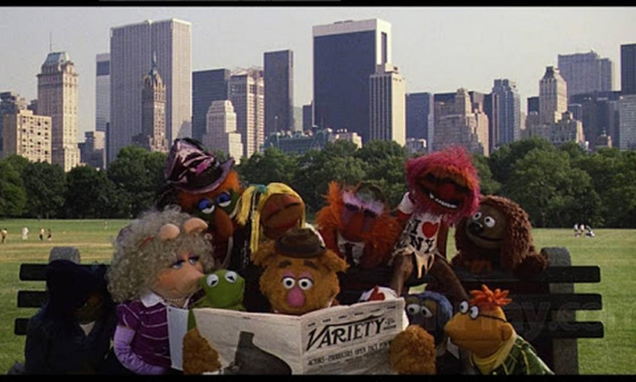 'Muppets invadem Nova York': os persoangesns passeiam por pontos como Central Park, Pulitzer Fountain e o famoso restaurante Sardi Foto: Divulgação