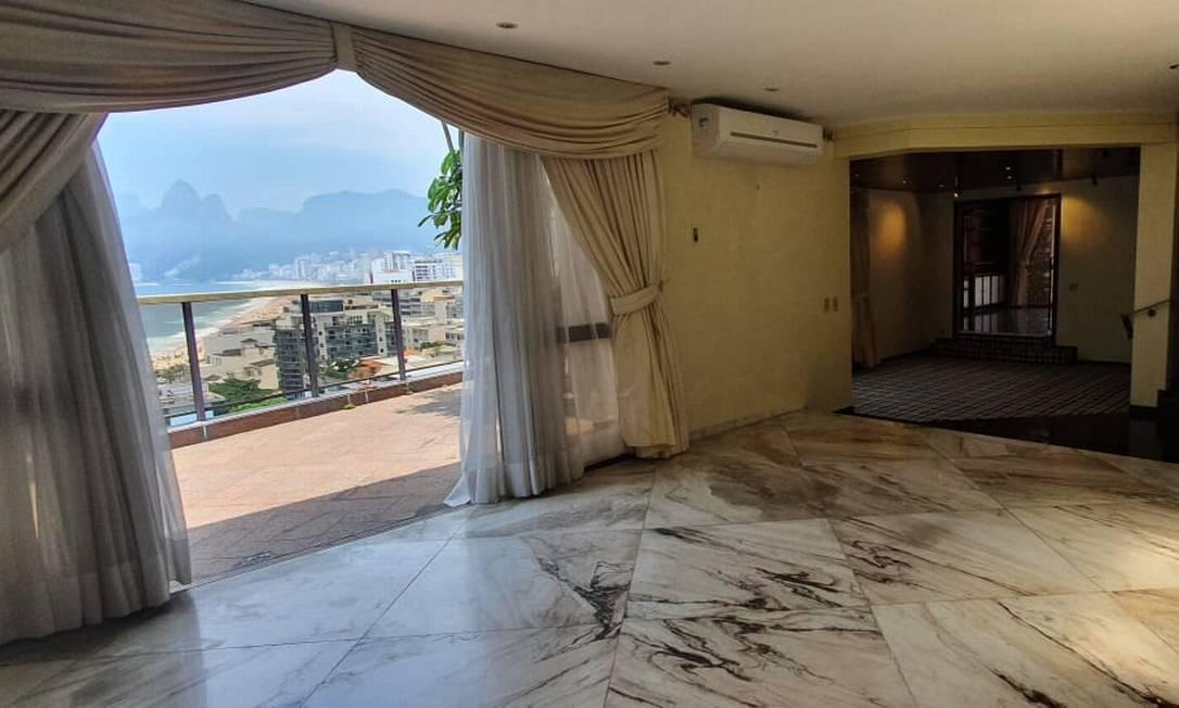 Cobertura dúplex, à venda por R$ 45 milhões, com vista para o Arpoador Foto: Divulgação
