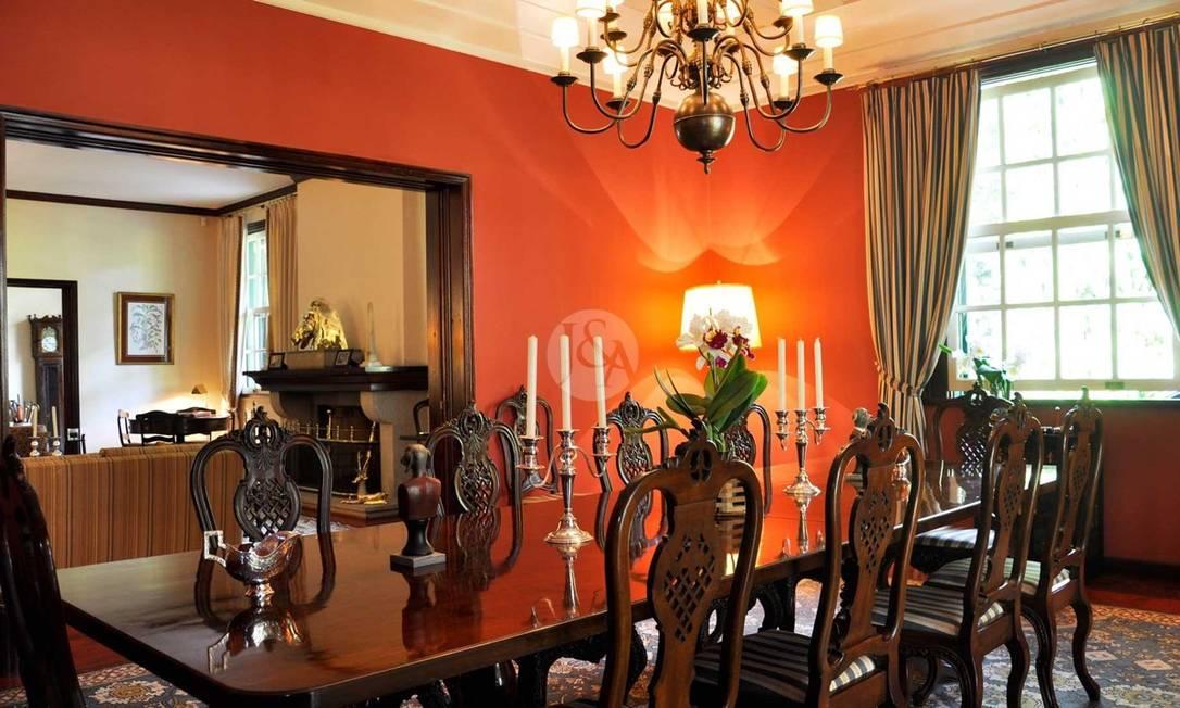 Casa na Serra: propriedade oferecida no mercado por R$ 17 milhões Foto: Judice & Araujo / Divulgação