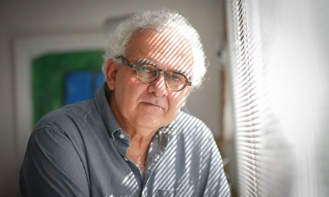 O escritor Milton Hatoum Foto: Marcos Alves / Agência O Globo
