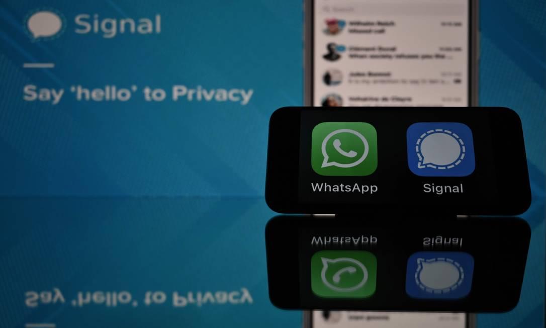 Com atualização de regras de privacidade do WhatsApp, Signal ganha novos usuários Foto: LIONEL BONAVENTURE / AFP