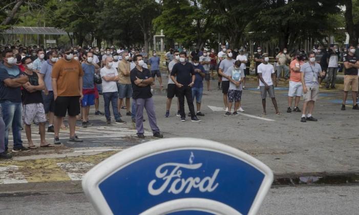 Fechamento de fábricas da Ford Foto: Edilson Dantas / Agência O Globo