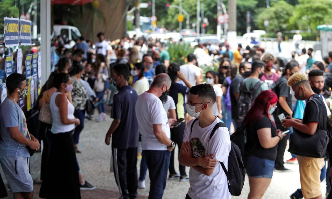 Alunos em local de prova do Enem, em São Paulo Foto: AMANDA PEROBELLI/REUTERS