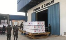 Doses da vacina Coronavac no terminal de cargas de São Paulo, ponto de distribuição para os demais estados, incluindo o Rio Foto: Governo do Estado do Rio / Divulgação