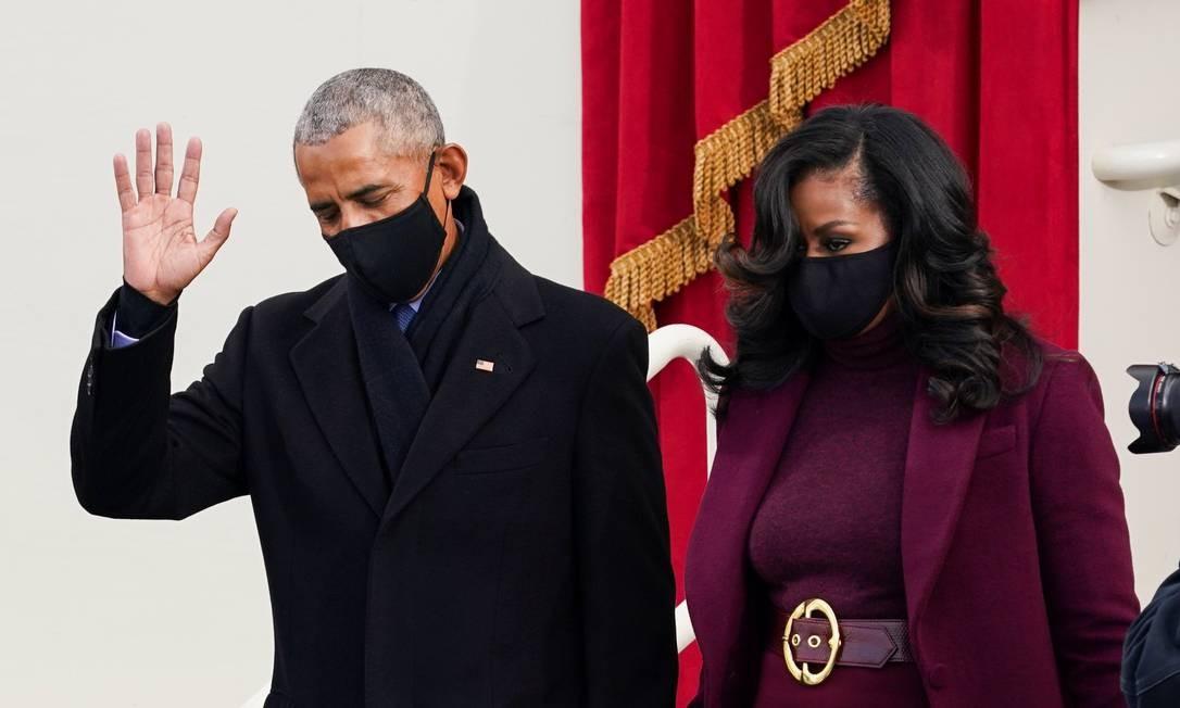 O ex-presidente dos EUA Barack Obama, de quem Joe Biden foi vice, e a esposa Michelle Obama Foto: KEVIN LAMARQUE / REUTERS
