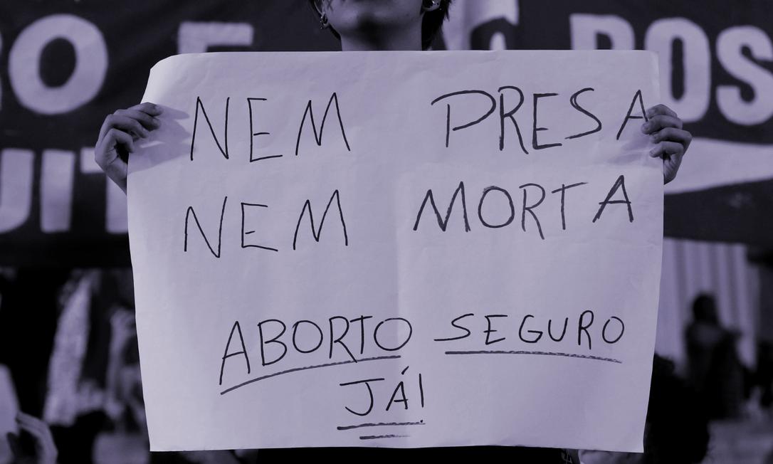 Desde que o Milhas pela Vida das Mulheres entrou em atividade, em setembro de 2019, mais de 308 mil mulheres foram internadas e 1.800 morreram por complicações causadas por um aborto inseguro e clandestino no Brasil Foto: Agência O Globo