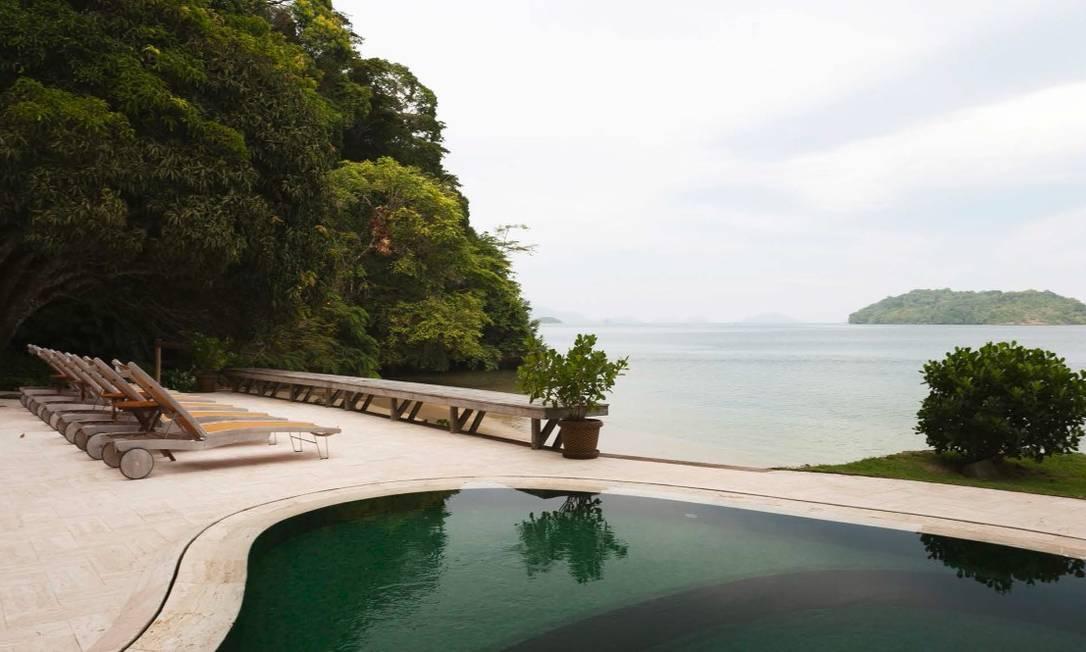 Pavilhão do lazer: área com 322,06 m² voltada para a diversão dos hóspedes tem piscina, salão de jogos, sauna seca, churrasqueira, entre outros atrativos Foto: Divulgação / Real Estate Brazil