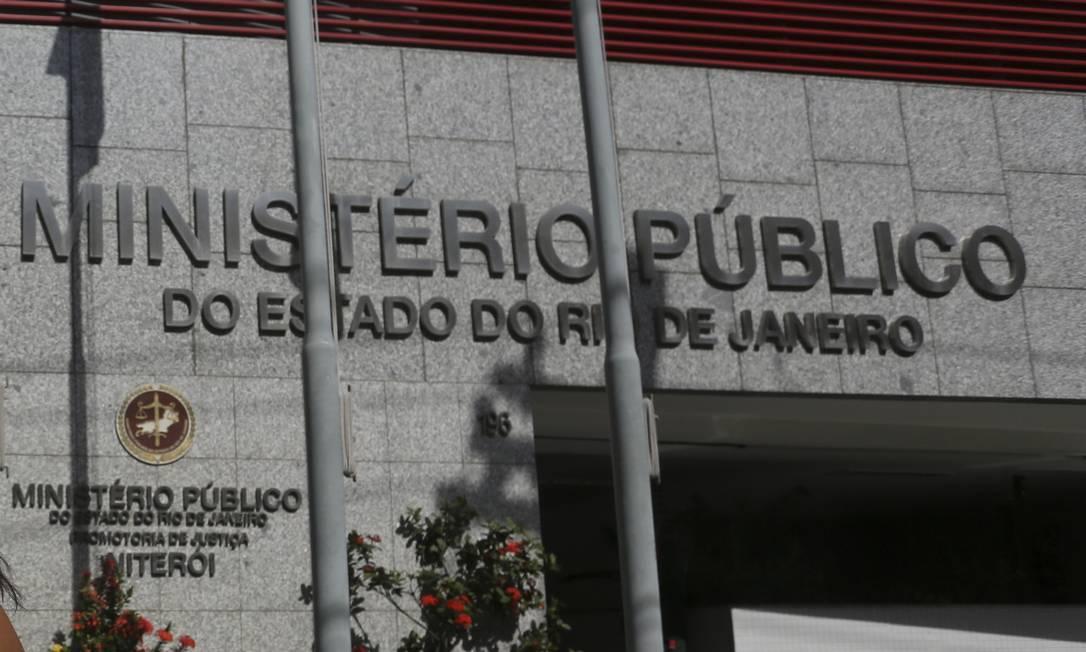 Ministério Público estadual, no Centro de Niterói: além de ser alvo de ação judicial movida pelo órgão, Emusa está na mira do Tribunal de Contas Foto: Bruno Kaiuca / 10-06-2019 / Agência O Globo