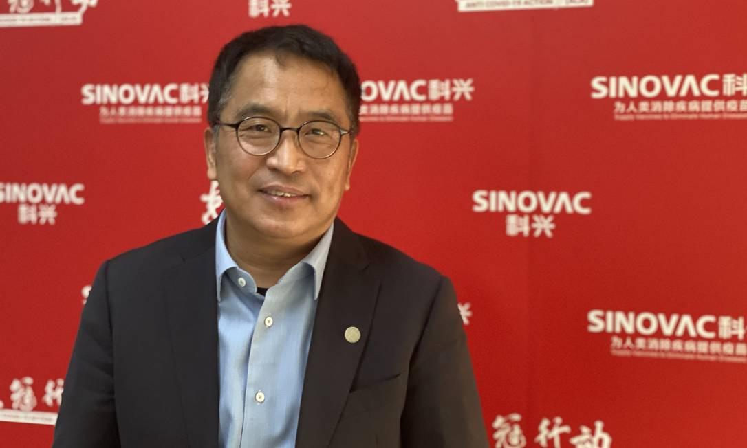 Yin Weidong, presidente da Sinovac, durante entrevista na sede da empresa em Pequim Foto: Marcelo Ninio / Agência O Globo