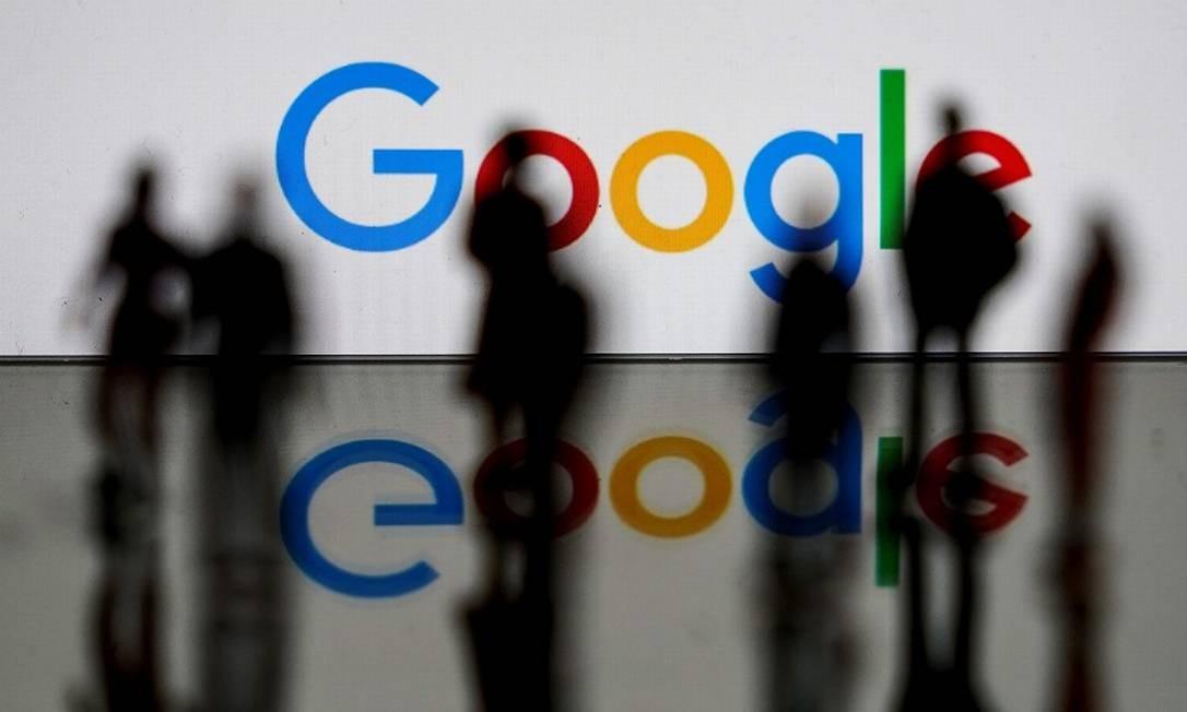 Google: dados pessoais são matéria-prima a ser trabalhada pelos algoritmos das 'big techs' Foto: KENZO TRIBOUILLARD / AFP