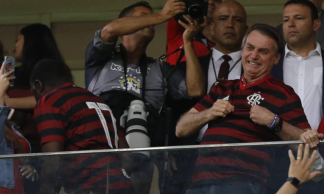 Bolsonaro, em partida do Flamengo, em junho de 2019, no Mané Garrincha, em Brasília Foto: Jorge William / Agência O Globo