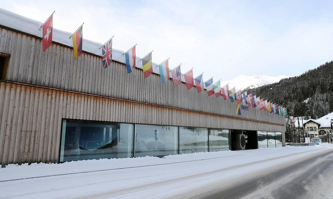 Sede do Fórum Econômico Mundial vazia neste ano, em Davos: evento será virtual Foto: Arnd Wiegmann / Reuters