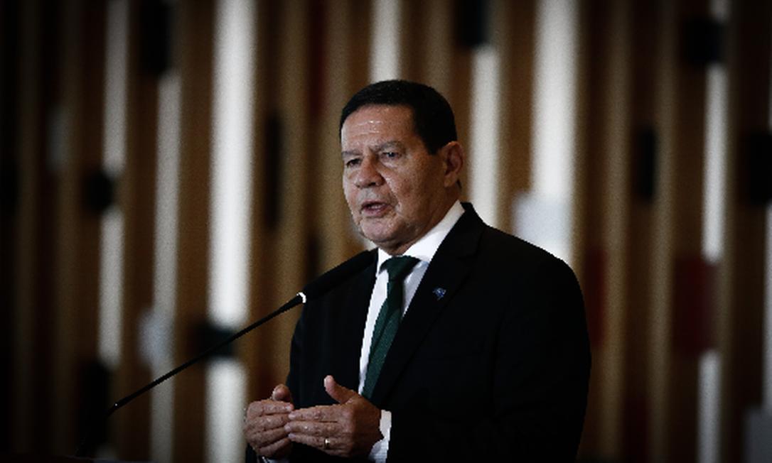 Na quarta-feira, o vice-presidente Hamilton Mourão participará de uma mesa redonda no Fórum de Davos sobre a Amazônia Foto: Pablo Jacob/Agência O Globo