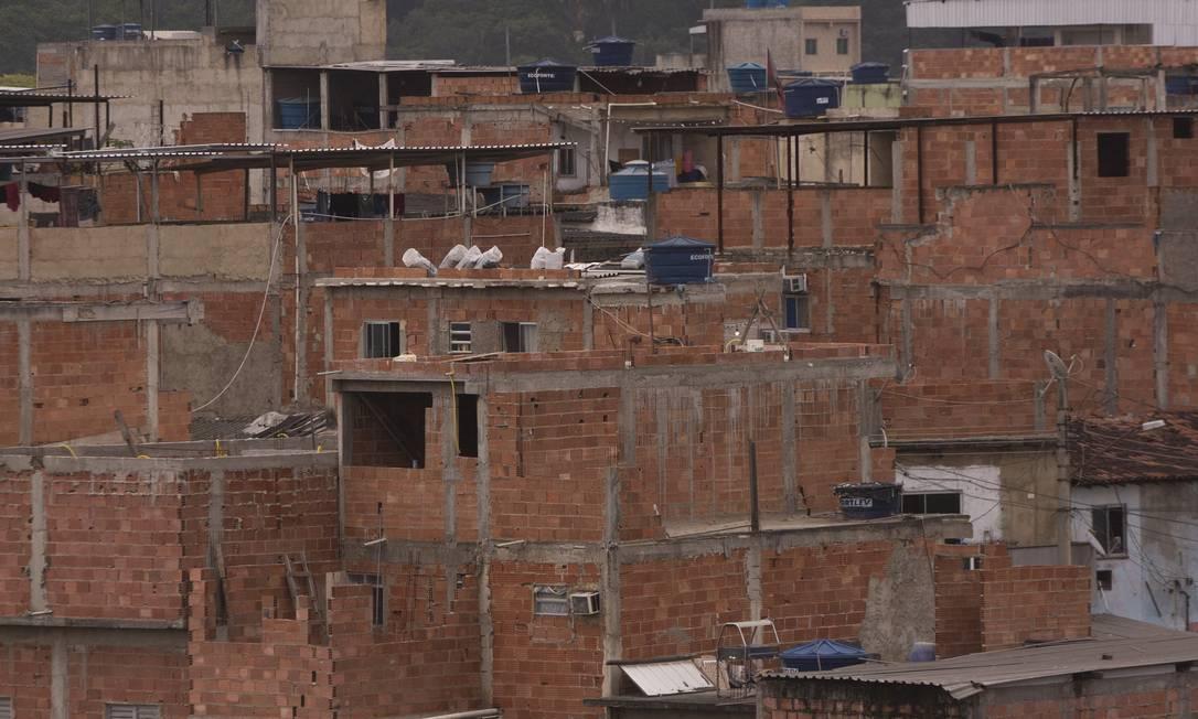 A pandemia aprofundou todas as desigualdades do país, alerta Isabela de Souza, do Observatório de Favelas. Para ela, acesso à internet passou a ser um direito fundamental Foto: Gabriel Monteiro/12-11-2020 / Agência O Globo