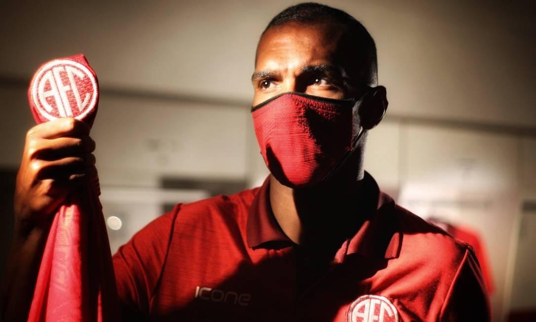 Richarlyson faz sua primeira passagem pelo futebol carioca na carreira Foto: Vinícius Lima/America
