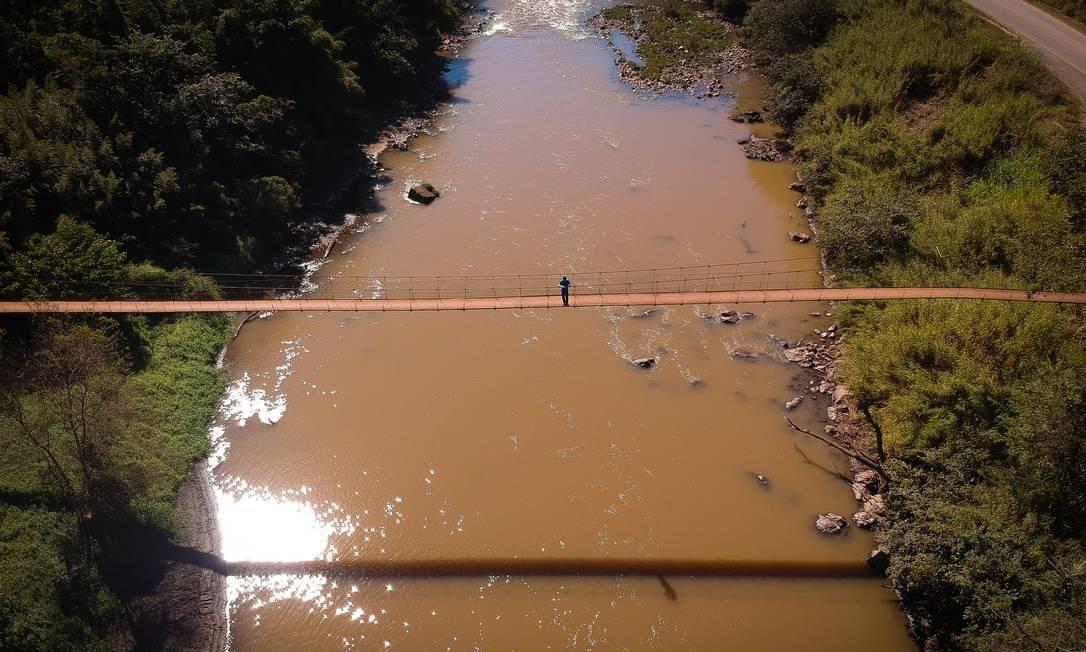 Rio Paraopeba, em Brumadinho, em foto de 2019, segue interditado dois anos após queda de barragem da Mina Córrego do Feijão Foto: Pablo Jacob / Agência O Globo