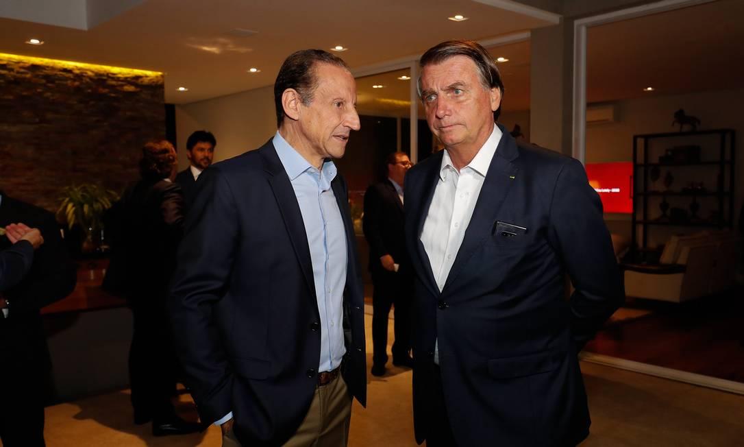 O presidente da Fiesp, Paulo Skaf, e o presidente Jair Bolsonaro, durante jantar em São Paulo Foto: Alan Santos/Presidência/15-12-2020