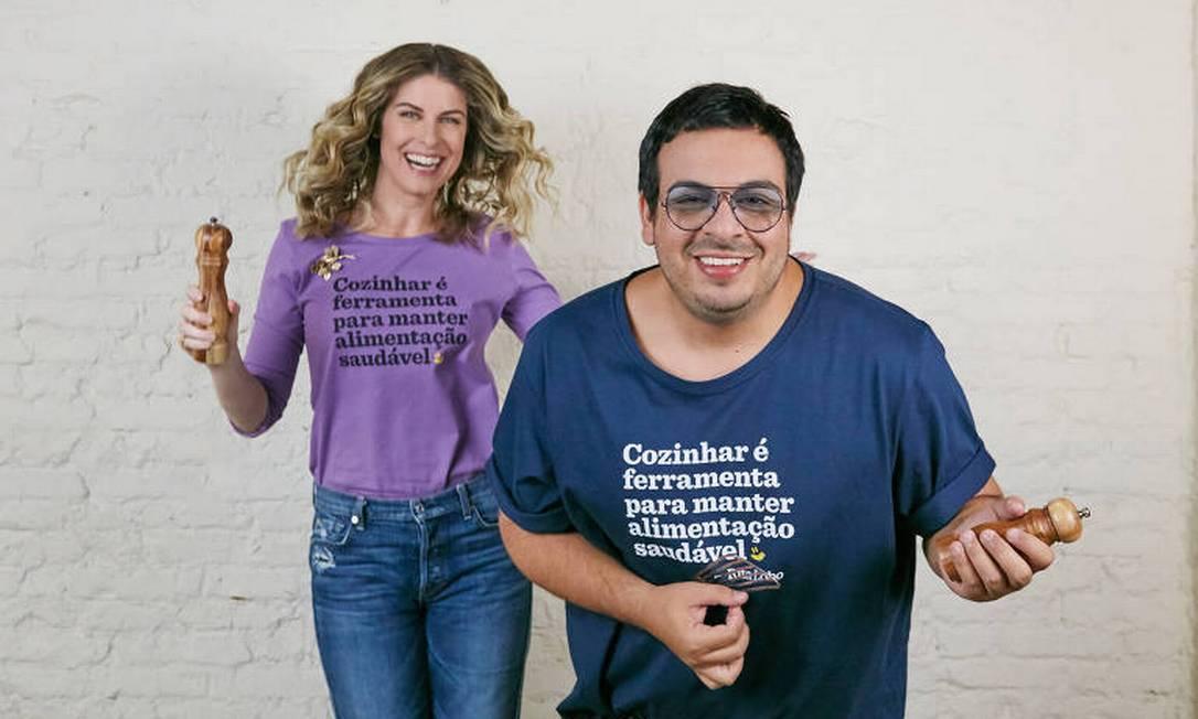 Rita Lobo divide a cozinha com o ator Luis Lobianco Foto: Gilberto Jr / divulgação