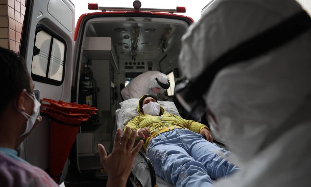 Transferência de paciente com Covid-19 de Manaus para Curitiba Foto: Lucas Silva/Secom