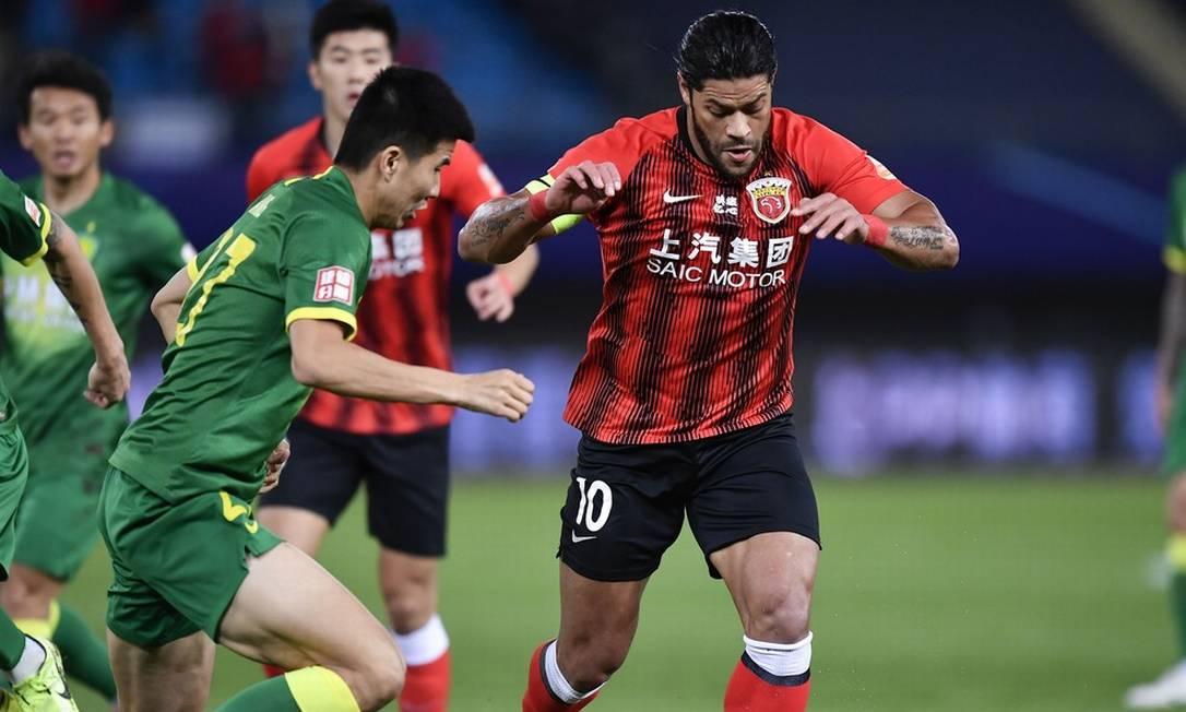 O último clube de Hulk foi o Shanghai SIPG, da China Foto: XU CHANG / AFP