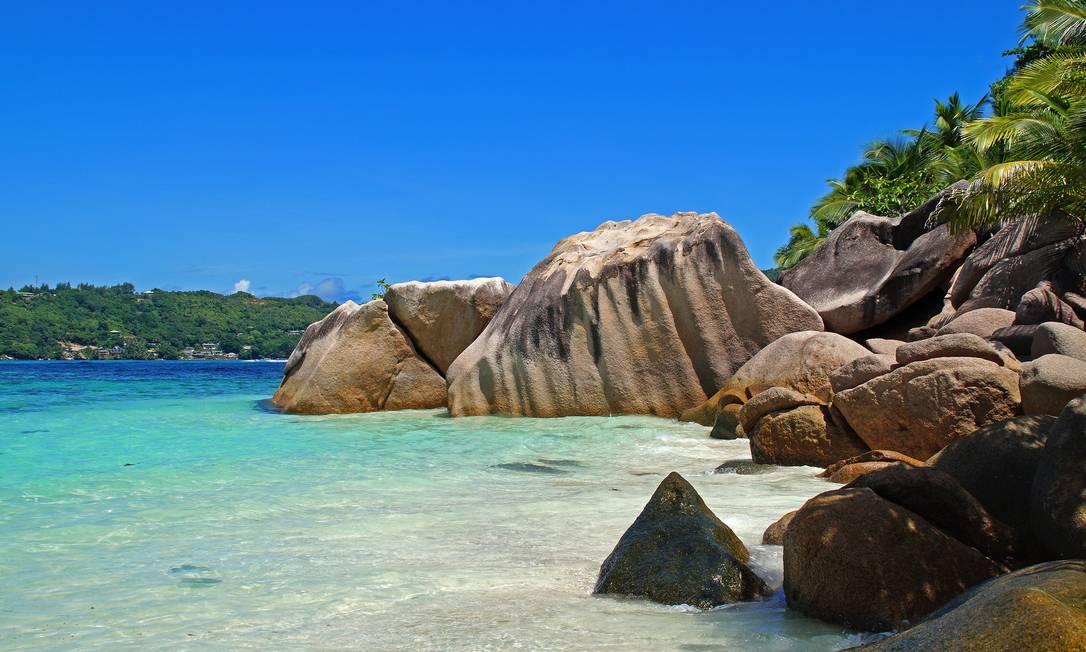 Rochas numa praia de Seychelles, no Oceano Índico Foto: Creative Commons / Pixabay / Reprodução
