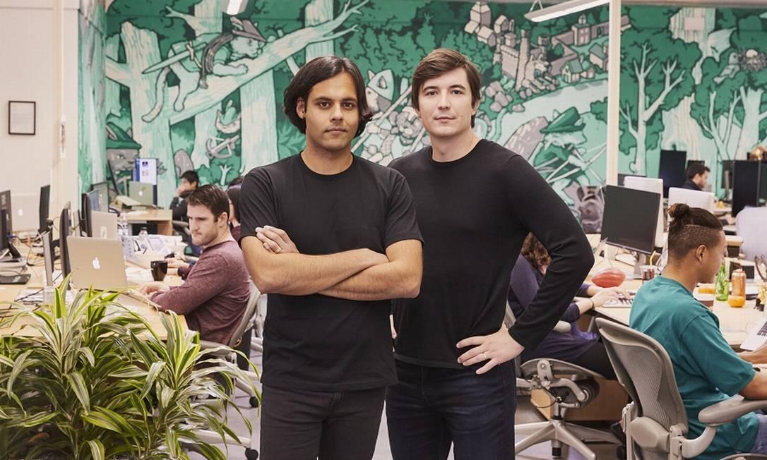 Baiju Bhatt e Vladimir Tenev, fundadores do app Robinhood Foto: AARON WOJACK / NYT