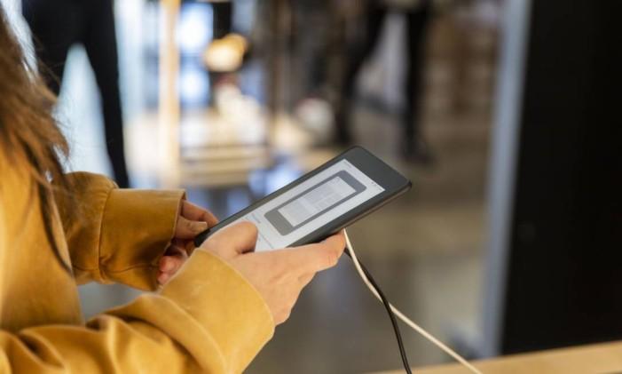 A companhia mudou a forma de ler livros ao lançar o Kindle. Foto: Cayce Clifford / Bloomberg