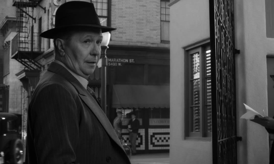 """Gary Oldman no filme """"Mank"""", um dos destaques entre as indicações do Globo de Ouro."""