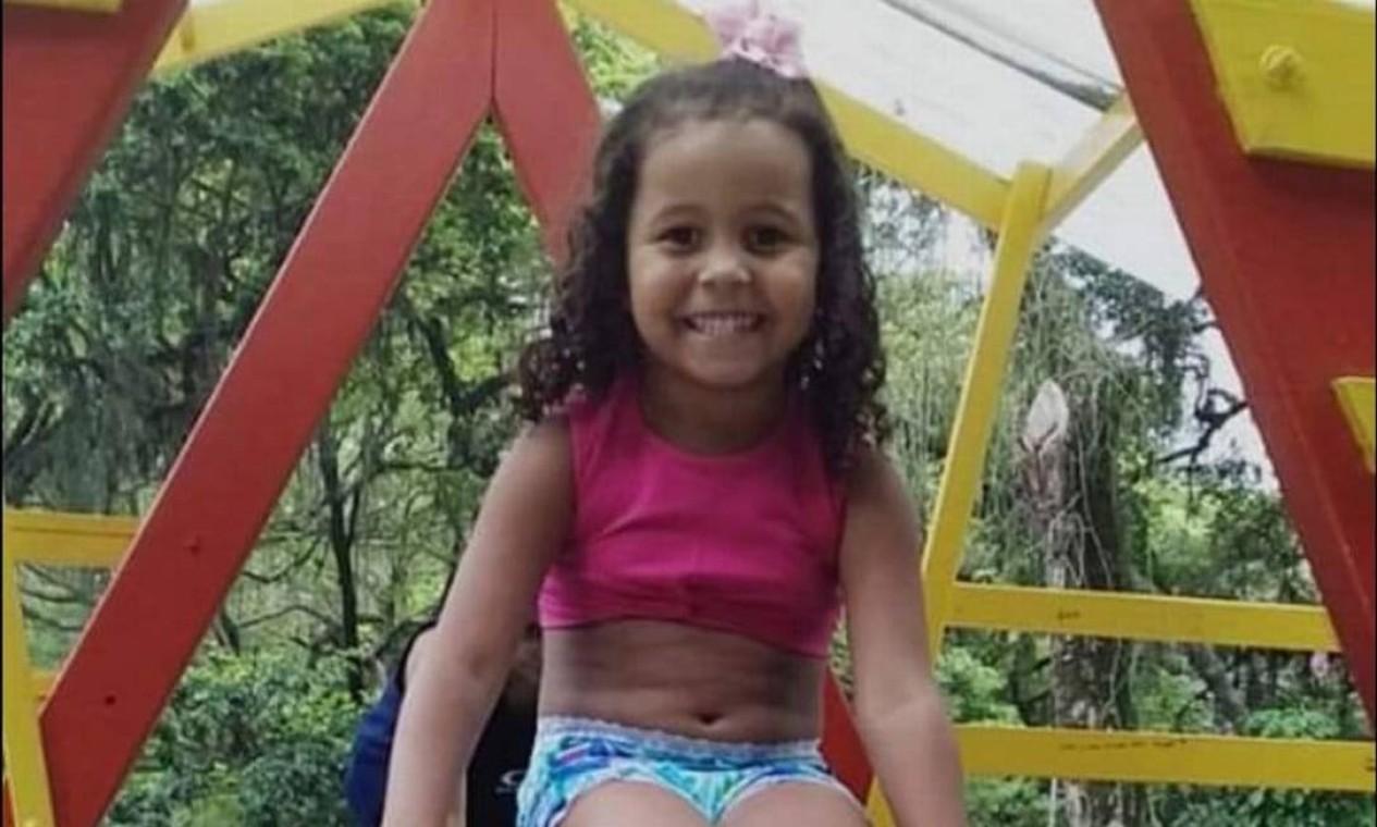 Ana Clara Gomes Machado, 5 anos, levou dois tiros enquanto brincava à porta de casa, na comunidade Monan Pequeno, em Pendotiba, Niterói, em 2 de fevereiro de 2021 Foto: Reprodução/Redes Sociais