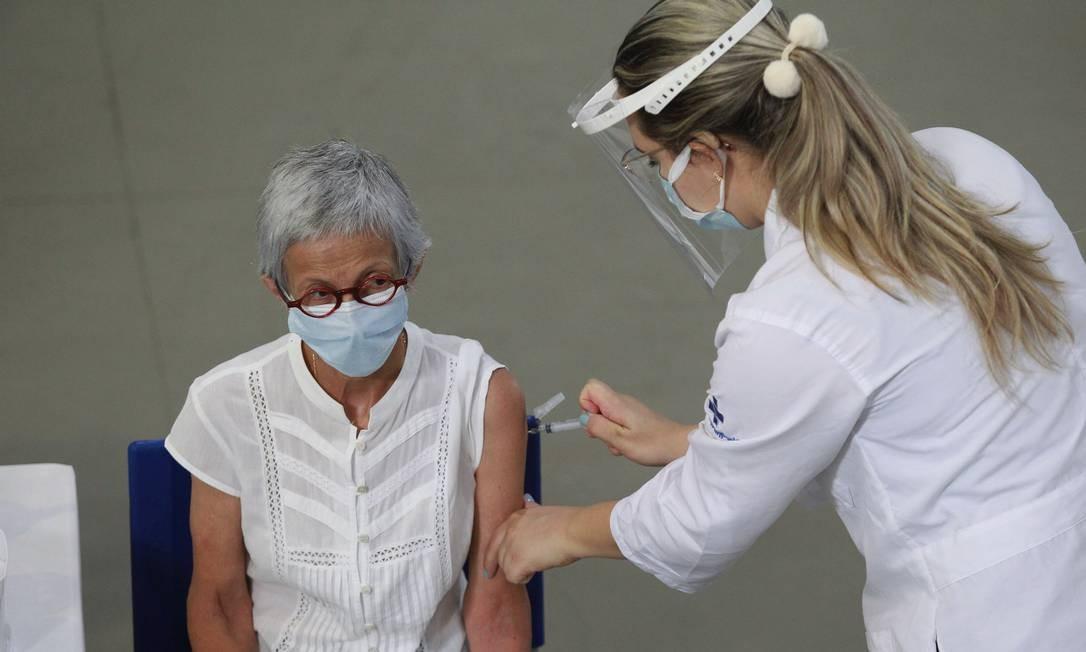 Vacinação em SP Foto: Leandro/Ferreira/Fotoarena / Agência O Globo