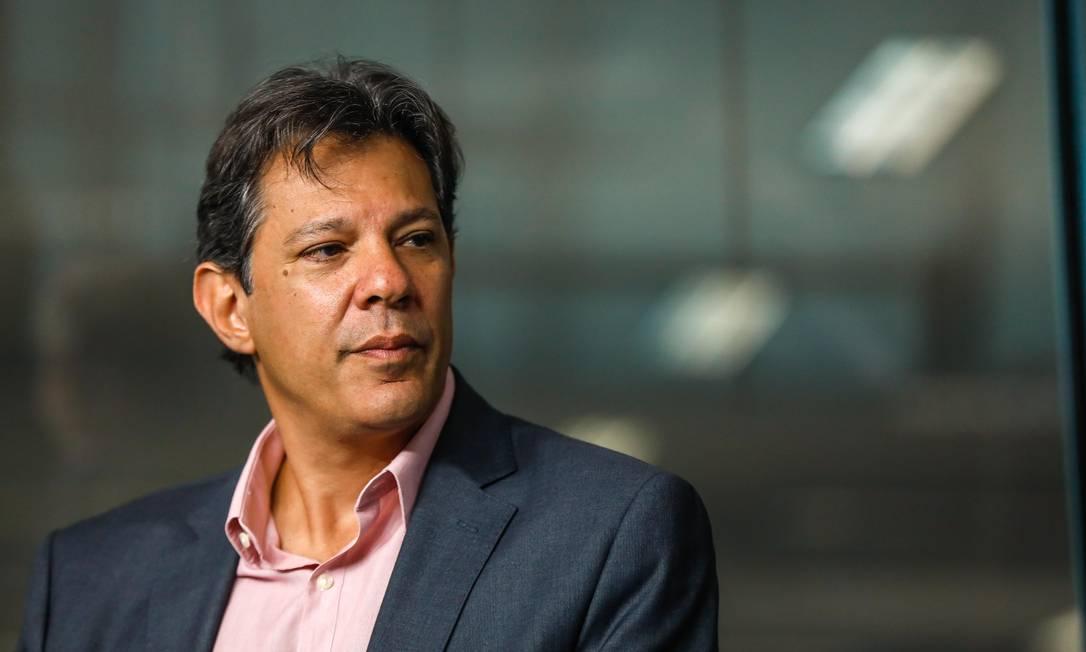 Antes da decisão que possibilita Lula se candidatar, o ex-prefeito de São Paulo Fernando Haddad (PT) foi aconselhado pelo ex-presidente a rodar o país se apresentando como pré-candidato Foto: Custódio Coimbra / Agência O Globo 23/10/2018
