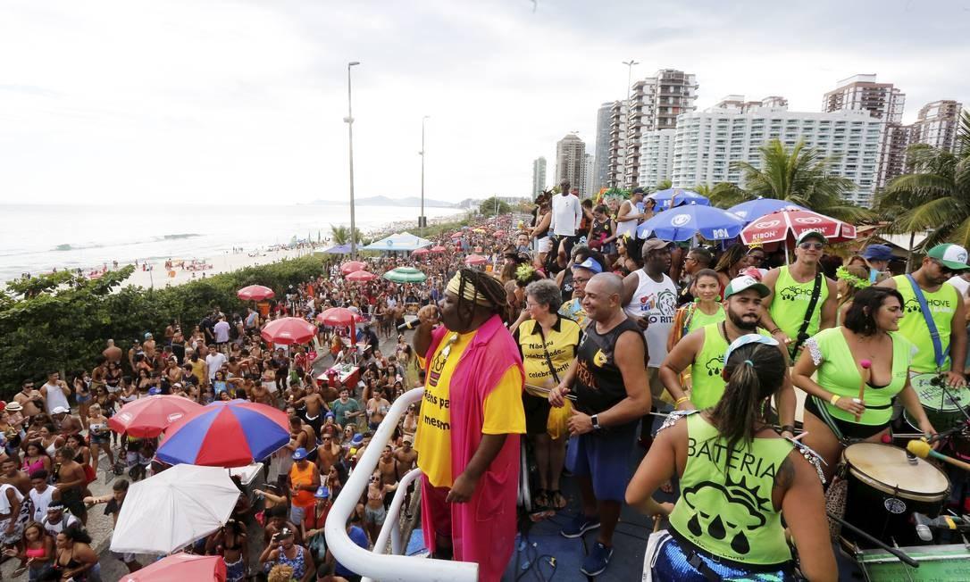 Desfile da Banda Amigos da Barra em fevereiro de 2020 Foto: Guilherme Pinto / Agência O Globo