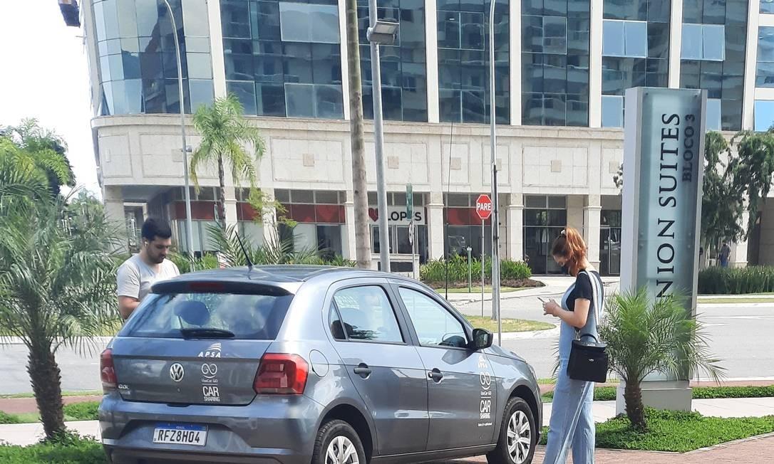 Por enquanto, são oferecidos apenas carros populares Foto: Divulgação
