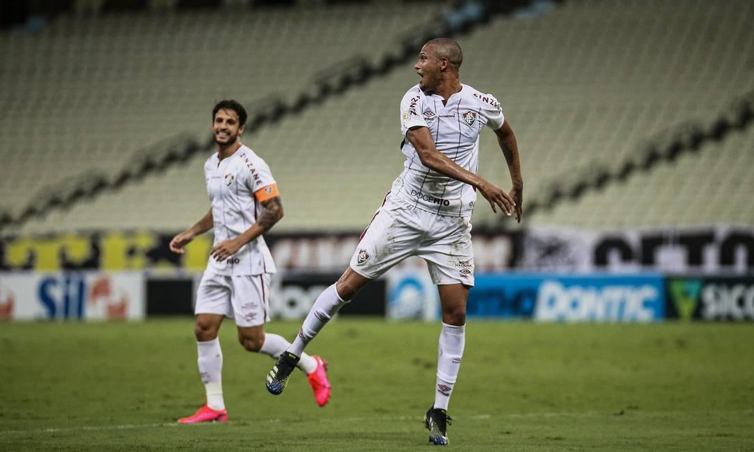 Samuel comemora seu primeiro gol no time profissional do Fluminense Foto: LUCAS MERÇON / FLUMINENSE